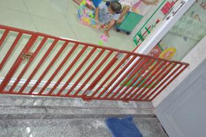 chặn cầu thang nhà trẻ 04_Nice Garden Việt Nam